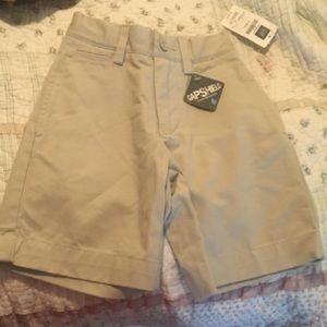 Gap boys 5 slim khaki shorts NWT